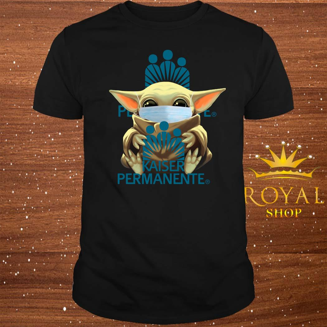 Baby Yoda Mask Hug Kaiser Permanente Shirt